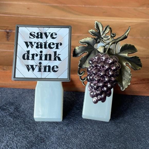 Save water drink wine & grape wallflower plug